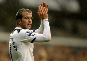 Rafael-Van-Der-Vaart-scored-2-for-Tottenham-Hotspur
